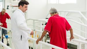 Exercícios de reabilitação de amputados membros inferiores